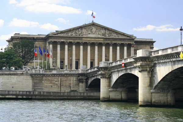 L'Assemblée nationale - Paris - Copyright: Cristina CIOCHINA/shutterstock