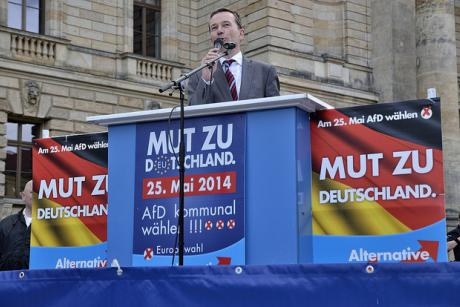 Bernd Lucke, one of the key founders of the Eurosceptic Alternative  for Germany party, speaks in Berlin. [Carlos Pinguin/Flickr]