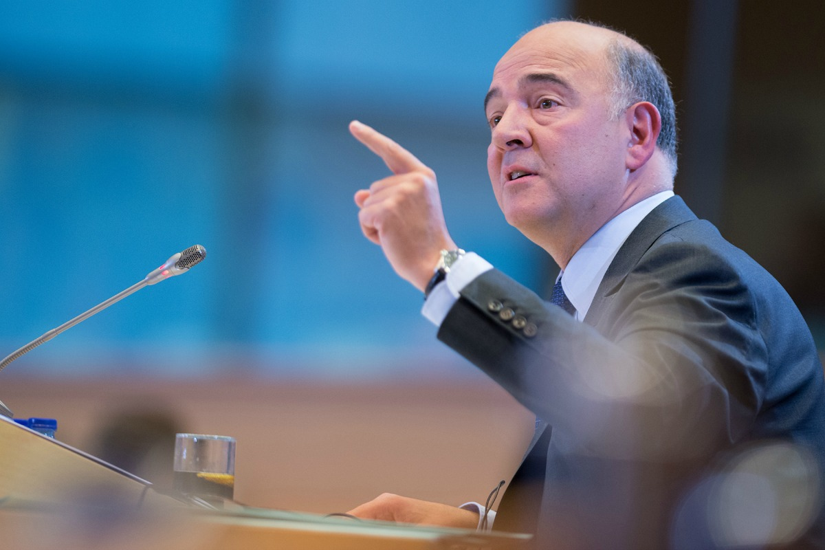 Hearings of candidate commissioner Pierre Moscovici [European Parliament / Flickr]