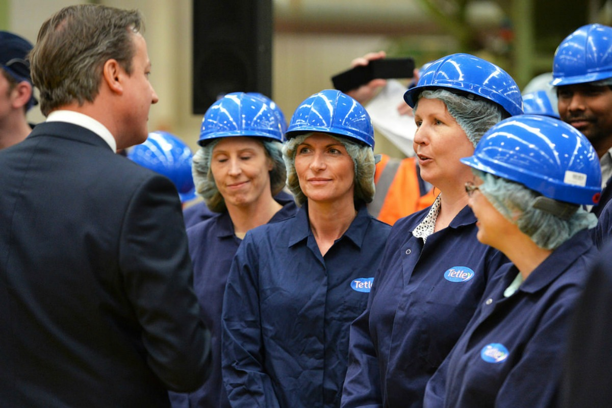 David Cameron à l'usine de Tetley.