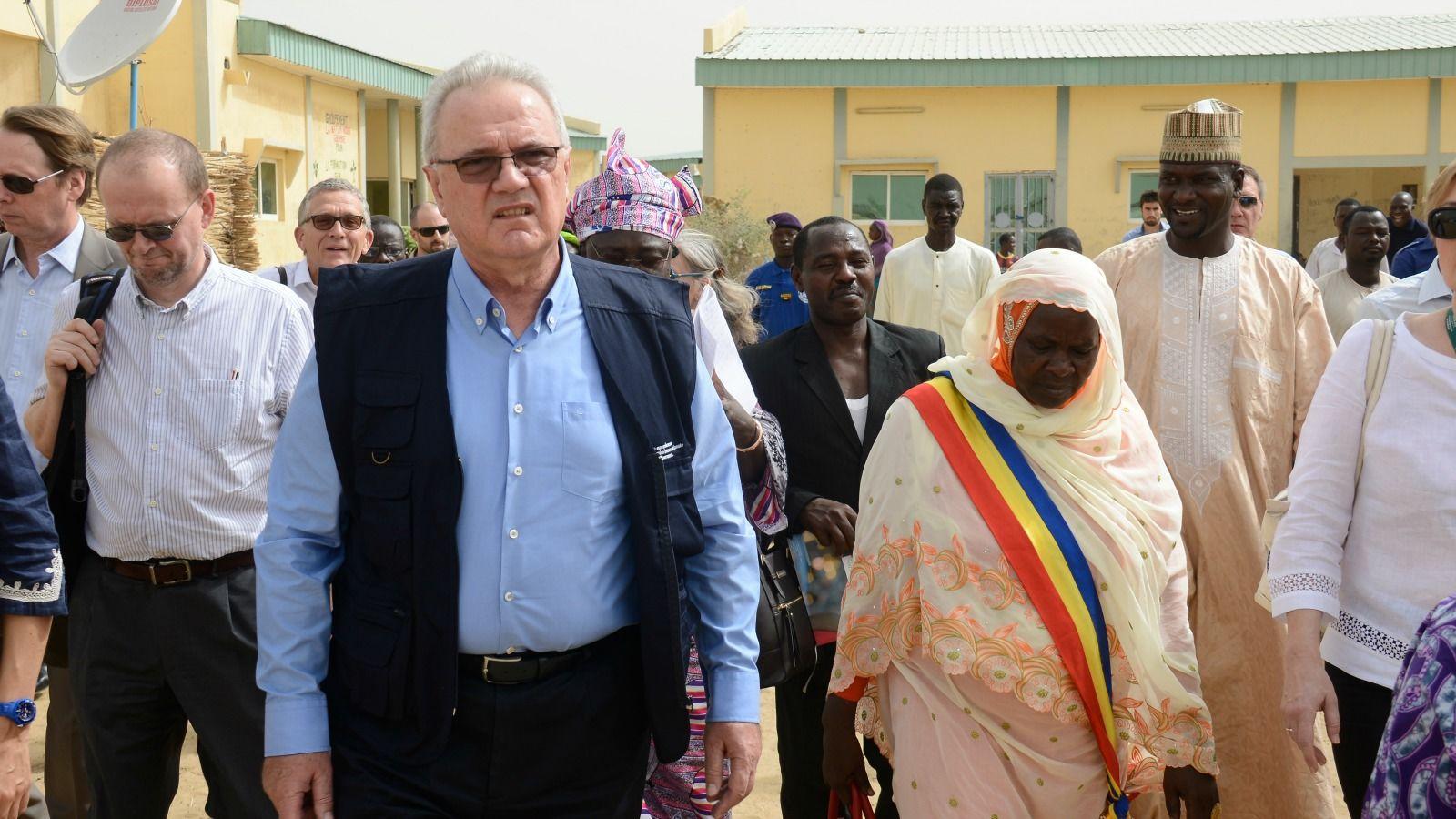 G rer l asile distance nouvelle approche face la - Office francais de protection des refugies et apatrides ...