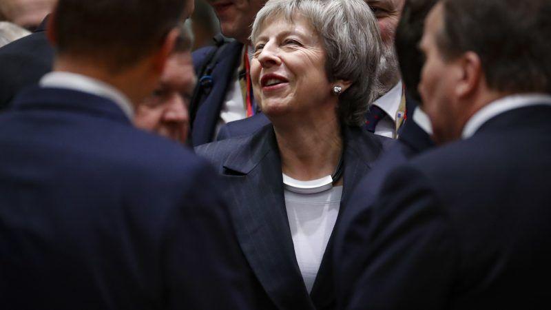 Après deux ans de crise, Theresa May est toujours là — Brexit
