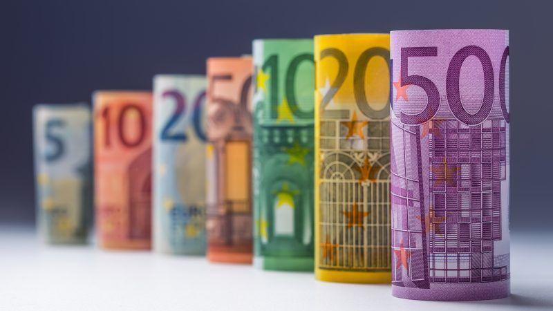 L Espagne Va Augmenter Son Salaire Minimum De 22 En 2019 Euractiv Fr