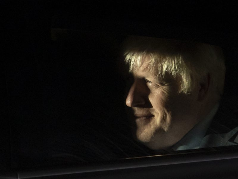 Pour Boris Johnson, le moment est à l'intensification des discussions.
