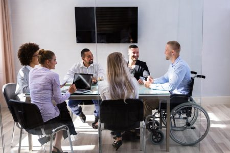 Intégration des personnes défavorisées sur le marché de l'emploi : changer de paradigme