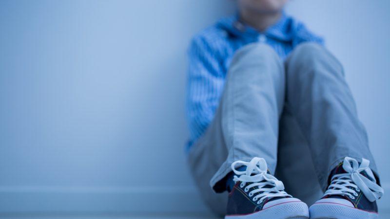 Vaincre l'Autisme alerte sur la discrimination et la maltraitance des autistes